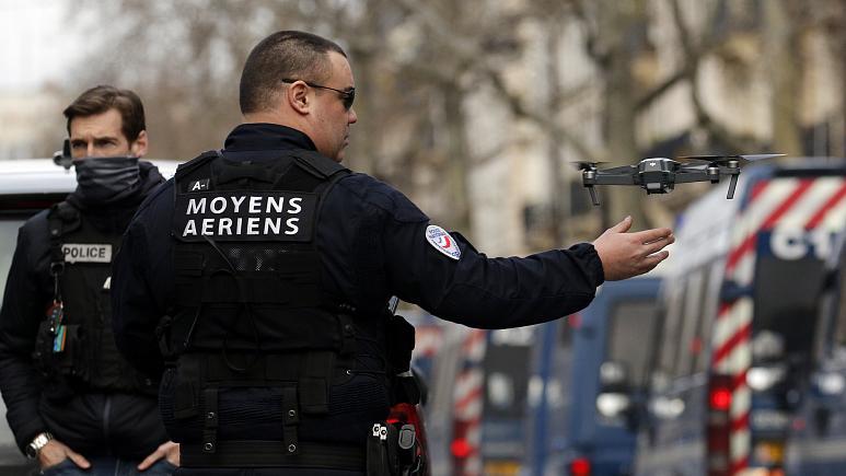استفاده از کوادکوپتر و پهپاد توسط پلیس